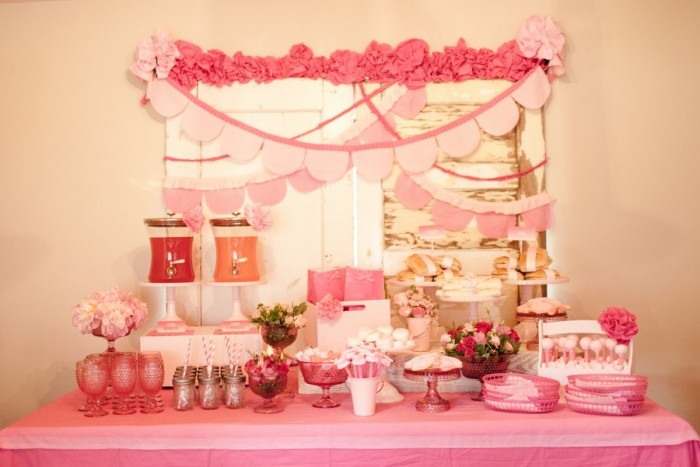 PINK OMBRE GRADUATION PARTY