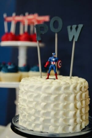 Hudson turns 5 | Super Hero Birthday | kids birthday party ideas | superhero themed party ideas | boy birthday party ideas | fun birthday party ideas || JennyCookies.com #kidsbirthdayparty #kidspartyideas #superherothemedparty