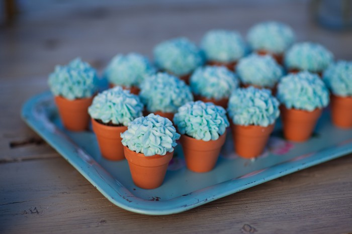 Cupcakes That Look Like Potted Hydrangeas