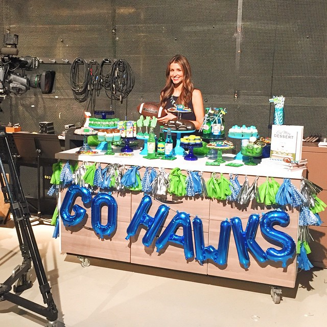 Had so much fun sharing Super Bowl party ideas on @king5seattle's New Day Northwest this morning. Live out of state or forgot to set your DVR?? Guess what, you can head to my blog to watch the segment and download our Seahawks Bingo game by @harpergraydesigns and see @sparklepopdesigns tassel garland tutorial! Thx @ladyyum for the awesome macs and @northstarballoons for the fun Hawks banner! #gohawks ? (link in profile)