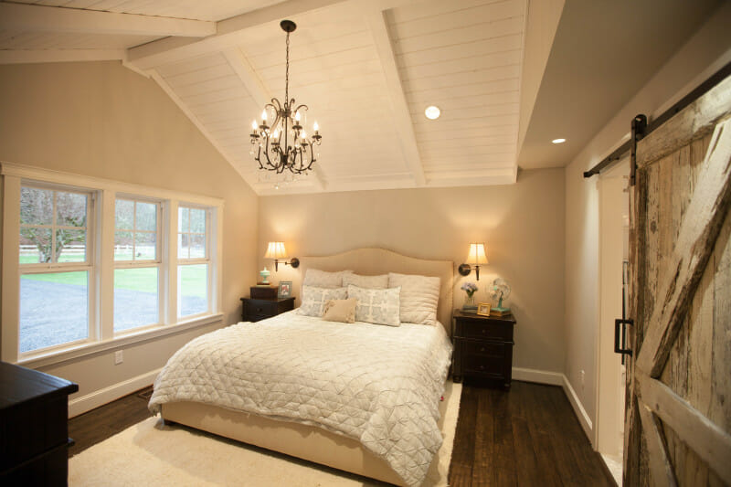 The keller farmhouse renovation jenny cookies for Bedroom designs by joanna gaines