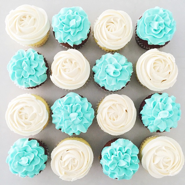Would you rather be given real flowers or buttercream flowers?!