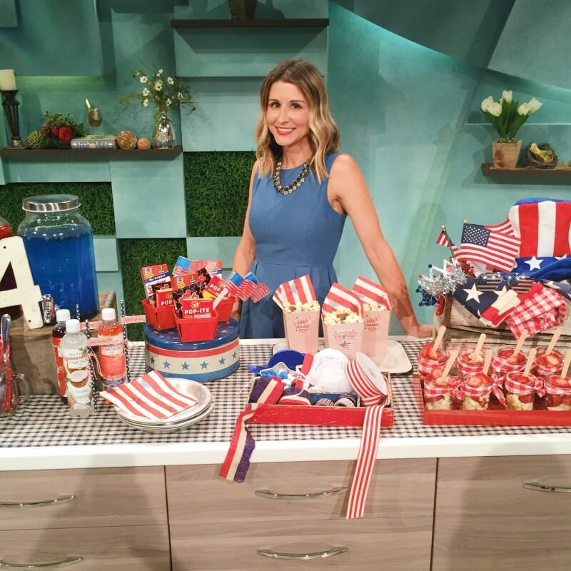4th of July Entertaining Ideas | fourth of July party ideas | July 4th party ideas || JennyCookies.com #summer #parties #entertaining #july4th #fourthofjuly #4thofJuly #july4thparties