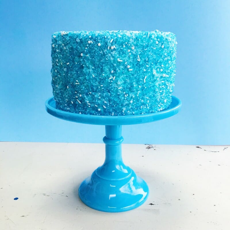How to Make a Sprinkle Cake | sprinkle cake tutorial | homemade sprinkle cake | DIY sprinkle cake | easy cake tutorials | cake making tips and tricks || JennyCookies.com #sprinklecake #caketutorial #diycakes