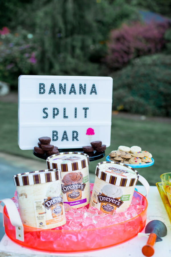 How to Host a Summer Favorite Things Party | summer party ideas | summer pool party tips | how to host a summer party | summer party ideas | summer event ideas | hosting a summer party | tips for hosting a summer party || JennyCookies.com
