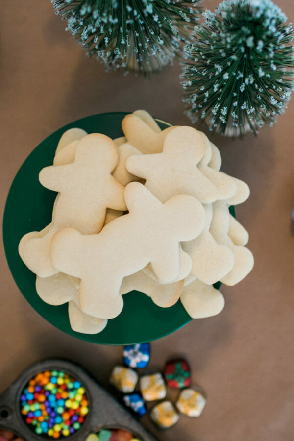 Jenny Cookies Holiday Party | holiday party dessert recipes | christmas dessert recipes | christmas party ideas | christmas sweets and treats | holiday party dessert recipes || JennyCookies.com #holidayparty #christmasparty #holidaydesserts #holidaysweets