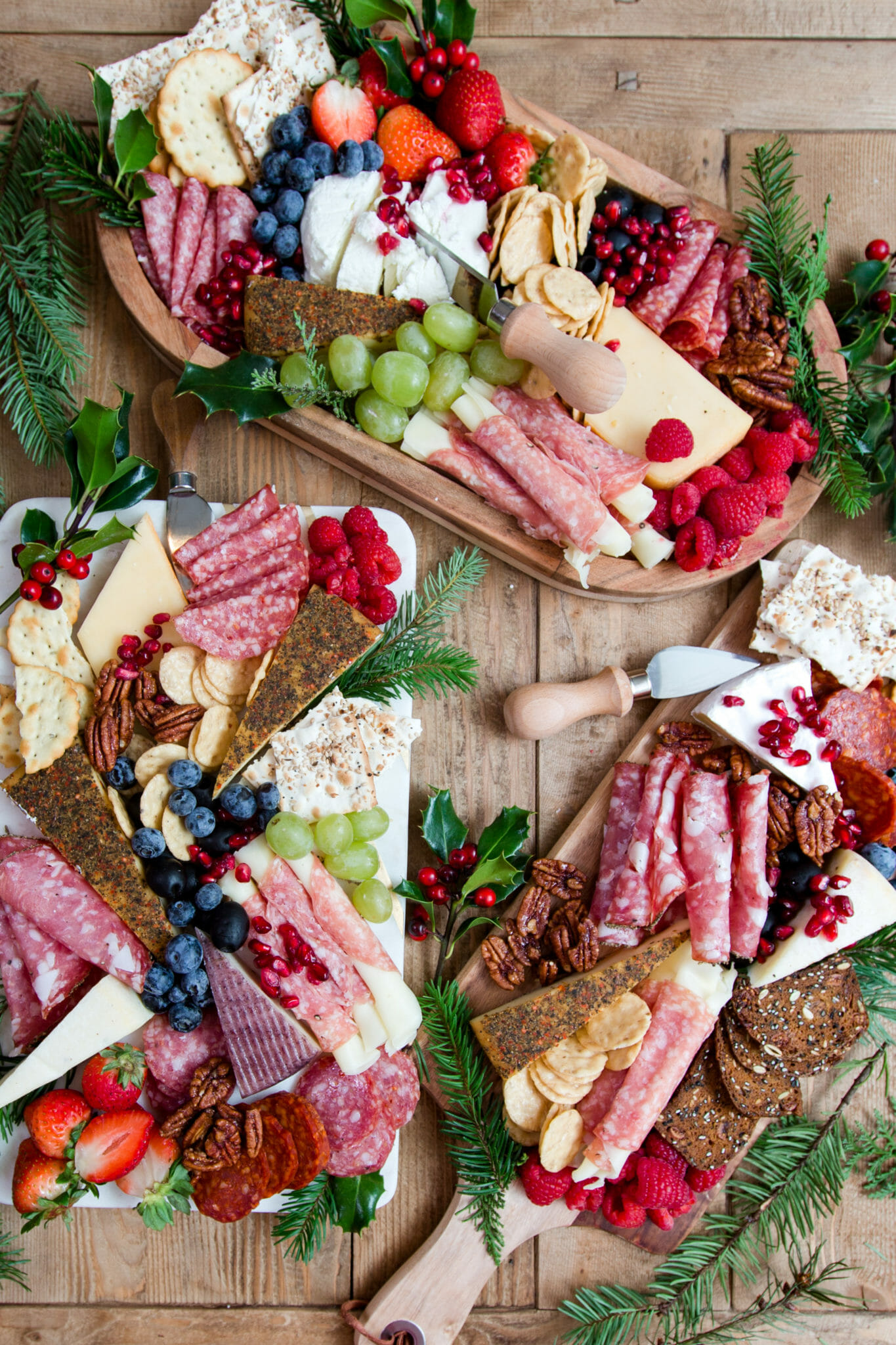 How to Make a Charcuterie Board | charcuterie board ideas | how to build a charcuterie board || JennyCookies.com #charcuterie #charcuterieboard #appetizers #jennycookies